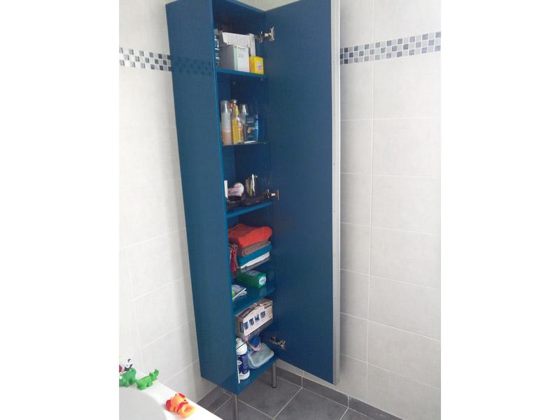 remplissage de notre meuble de salle de bain
