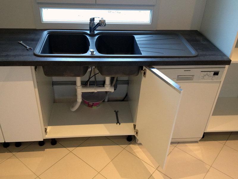 Evier cuisine avec meuble evier cuisine taille evier - Montage evier cuisine ...