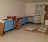 Montage des meubles bas de notre cuisine Ikéa.