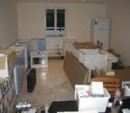 Fin de journée et presque tous les meubles sont montés.