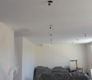 Ponçage du plafond de notre salon