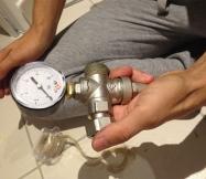Notre manomètre est prêt à être fixé sur notre réducteur de pression.