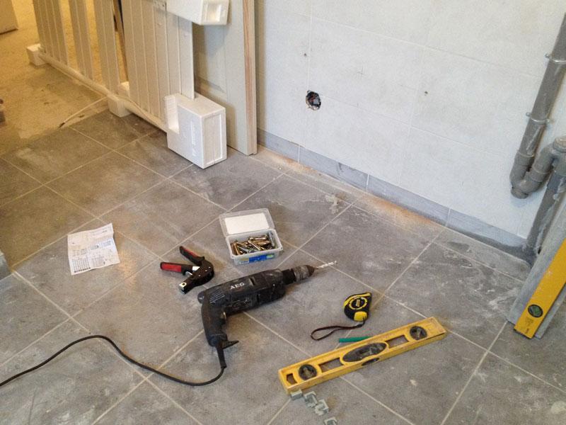 travaux int rieurs installation du mat riel pour les pi ces d 39 eau ma maison phenix. Black Bedroom Furniture Sets. Home Design Ideas