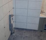 carrelage_salle_bain_sans_joint_maison_phenix-jpg