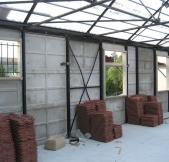 Voici les futures tuiles qui vont être installées sur la toiture.
