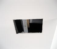 Après avoir découpé notre plafond, le plombier de chez Phénix a réalisé un joint en silicone au niveau de la fuite d'eau.