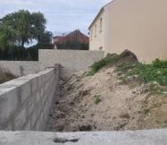 Terrain non terrassé à l'arrière notre Maison Phénix
