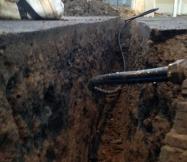 La canalisation d'eau est enterrée profondement pour éviter les risques de gele.