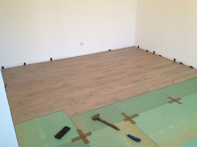 pose isolant sol free plancher chauffant isolant mince pose pare vapeur pose parquet a with. Black Bedroom Furniture Sets. Home Design Ideas