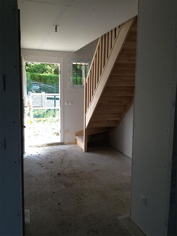 L'escalier dans notre entrée.