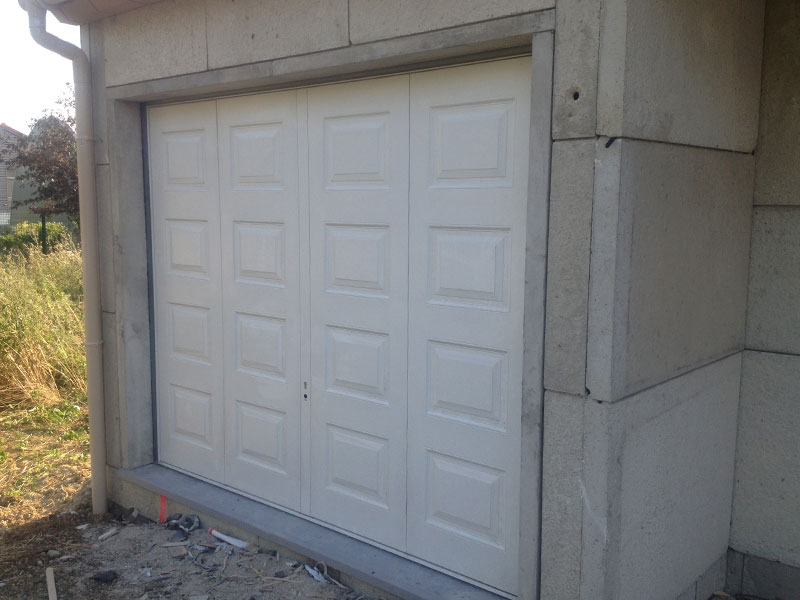 Photos maison hors d 39 air ma maison phenix for Porte de garage maison phenix
