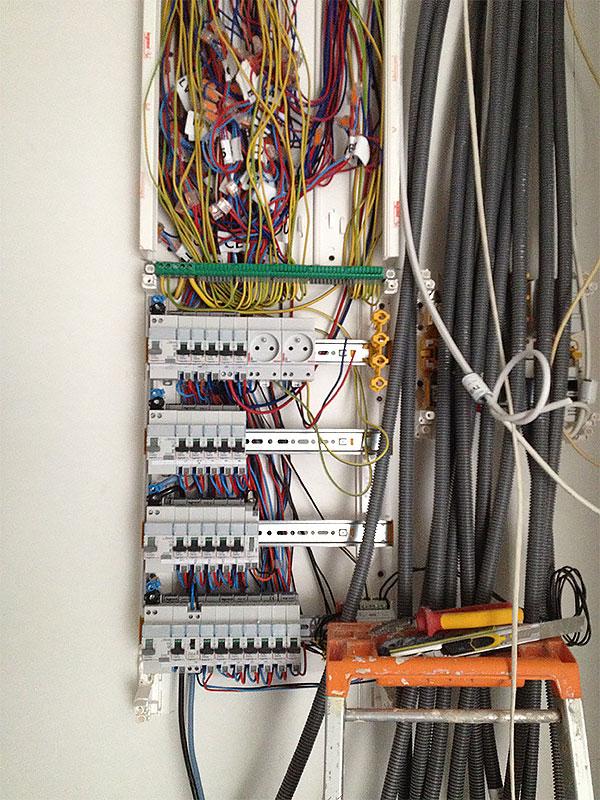 Installation du tableau électrique.