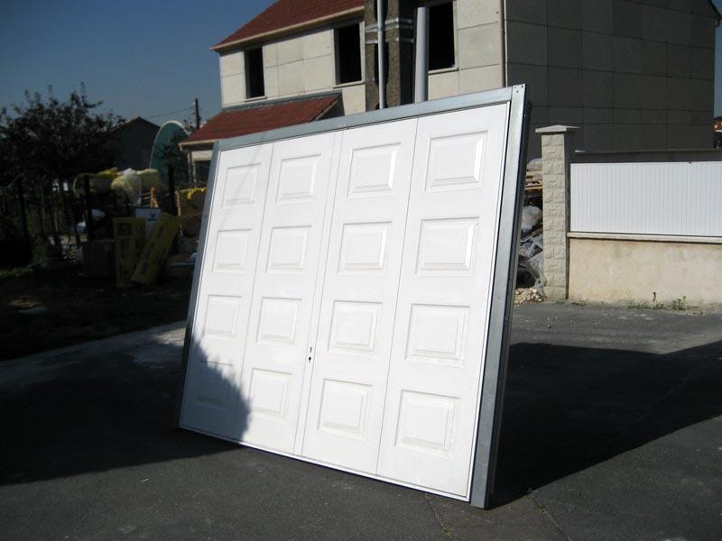 Portes fen tres et volets pos s ma maison phenix for Maison phenix garage