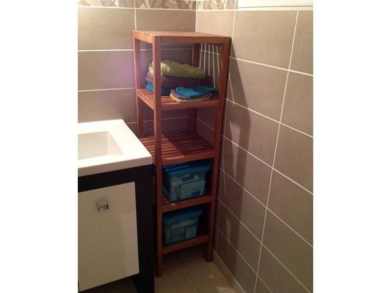 Travaux int rieurs finitions de la salle de douche c for Meuble salle eau