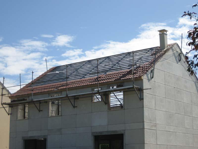 Pose de la toiture ma maison phenix for Pose toiture tuile