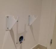 Voici les deux supports qui vont soutenir le radiateur.