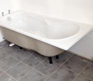 Baignoire de la salle de bain de notre Maison Phénix
