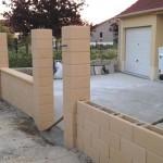 Travaux extérieurs : réalisation du muret