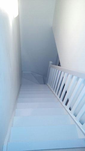 Escalier sapin Maison Phénix